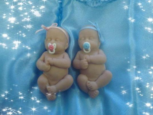 Chiara et Clara ...... mes petites jumelles !