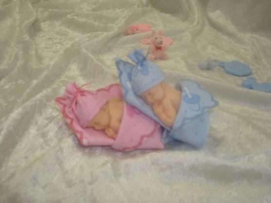 Léo et Léa ....... en rose et bleu ......