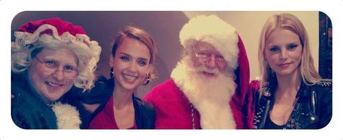 ¡Todos los famosos os desean feliz navidad!