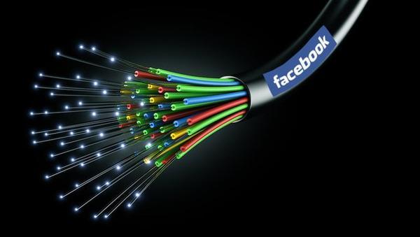 Facebook et Google achètent les câbles qui transportent internet !