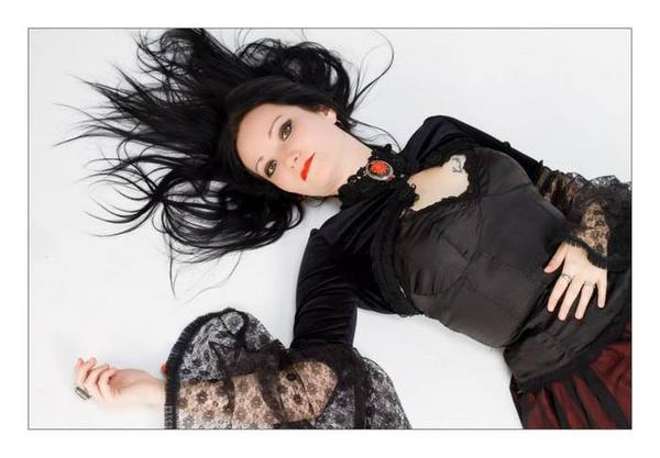 Eve Velvet-Rose : modèle goth