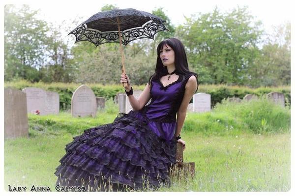 Lady Anna Calypso : modèle goth