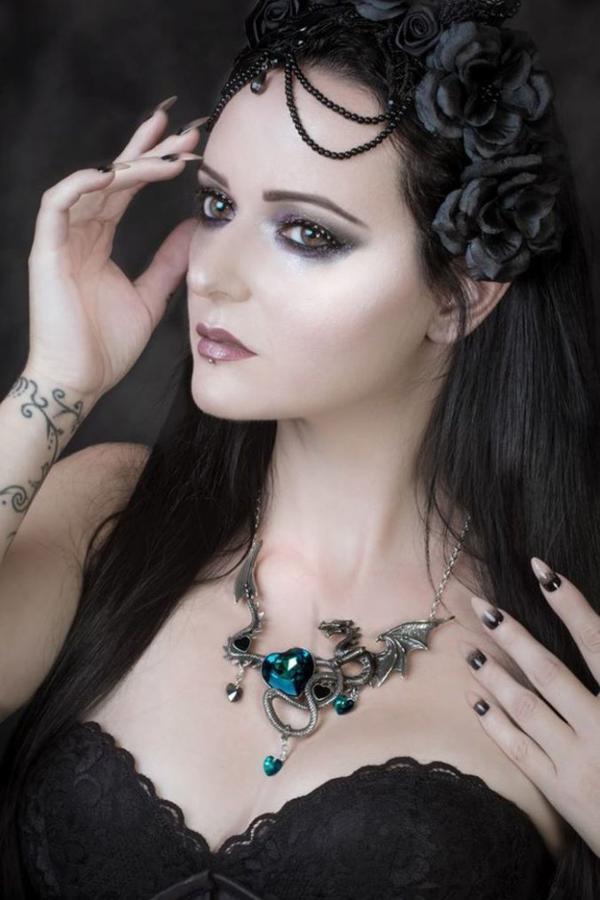 Dragonfly : modèle goth