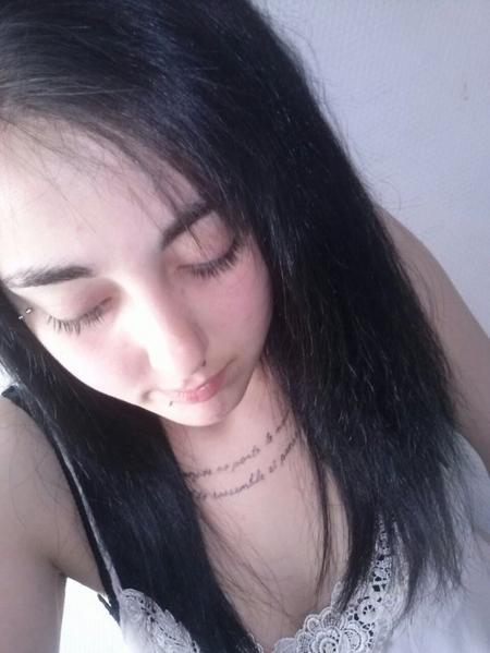 → ( Se faire du mal est plus facile que de s'aimer ! ) ← ❤