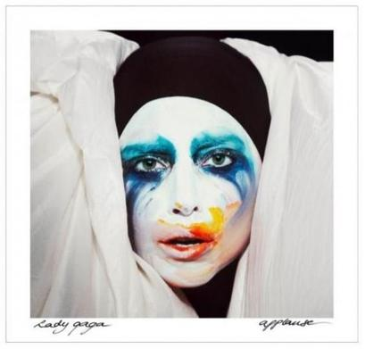 "Date d'ARTPOP et "" Applause ""."