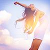 """Tu n'as pas besoins d'être """"normale"""" pour vivre heureuse. Tu as besoins d'être toi même. -Original Song Of Renesmée Cullen Photos-"""