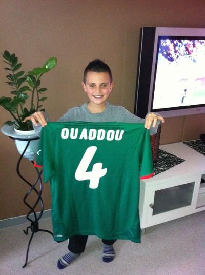 maillot selection du Maroc remis par Abdeslam Ouaddou merci a lui pour le cadeau