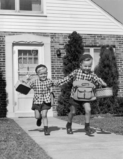 Les petits écoliers d'autrefois.