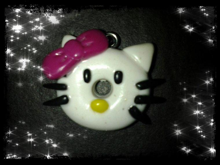 Pendentifs minnie et hello kitty