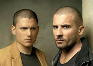 mickael scofield et lincoln burrows les 2 principal acteur  de prison break