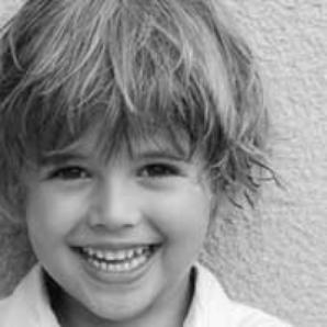 Nous ne saurons jamais tout le bien qu'un simple sourire peut être capable de faire.