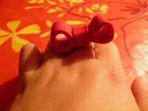 Bague noeud rouge