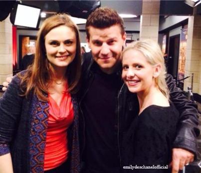 Emily avec David et Sarah Michelle Gellar