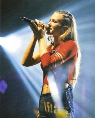 Le Live Tour 2002.