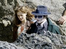 Dark Shadows - Johnny Depp beau comme un vampire