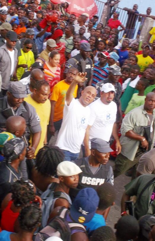 Jacmel – Carnaval National: Le président Martelly au Coeur de l'ambiance