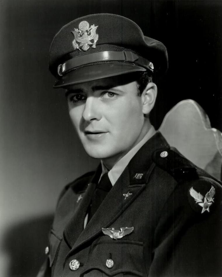 Robert STERLING