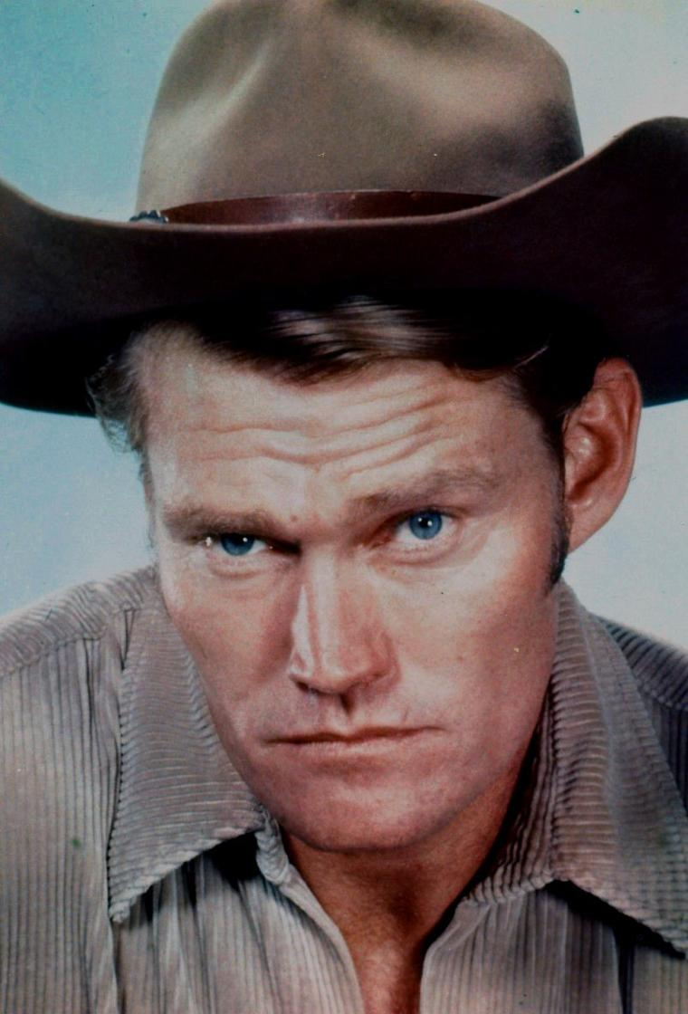 "Chuck CONNORS (Born : Kevin Joseph ALOYSIUS CONNORS,  April 10, 1921 in Brooklyn, New York, USA,  Died : November 10, 1992 (age 71) in Los Angeles, California, USA)  Height : 6' 5½"" (1,97 m)"