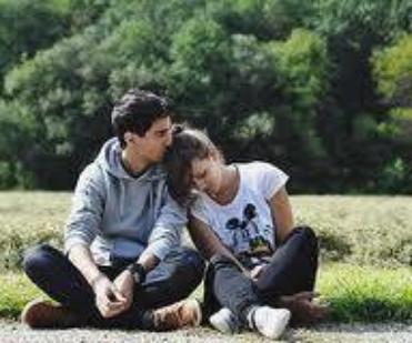 """""""On ne regrette pas les personnes qu'on a aimées. Ce qu'on regrette, c'est la partie de nous-même qui s'en va avec elles."""""""