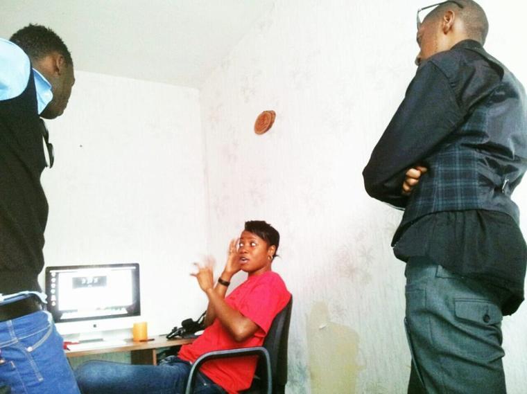 En pleine Préparation idée idée Fr Yannick mbongo, Sr Sandra Mbuyi Fr Mercisse Elonga
