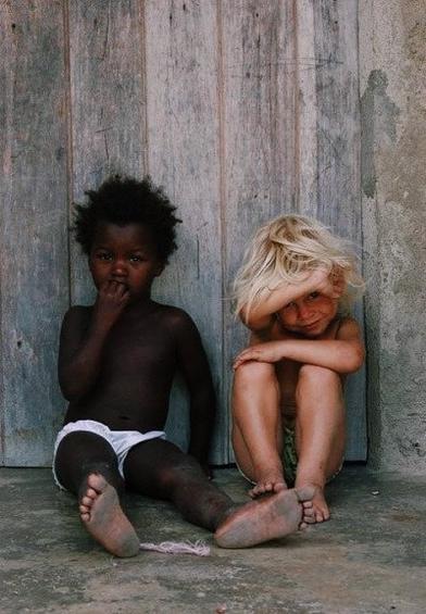 """Nous passons notre temps à envier des gens que nous ne voudrions pas être."""" Jean Rostand"""