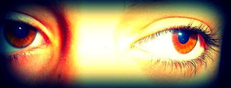 « • Parfois, c˟est en croisant le regard d˟une personne de notre passé qu˟on se rend compte que l˟on n˟avait pas envie de l˟oublier. On n˟a simplement pas eu le choix. ♥