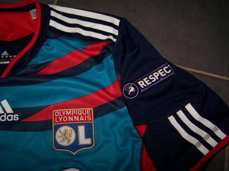 Maillot OL 2010-2011 Europe