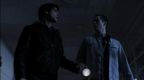 Stiles et Scott 1x07