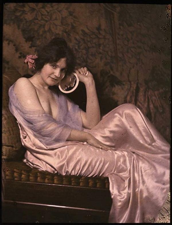 Les femmes, surexploitées, réclament la paix (1915)