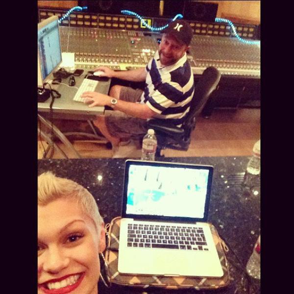 Pharrell en studio avec ... - 11 août 2013