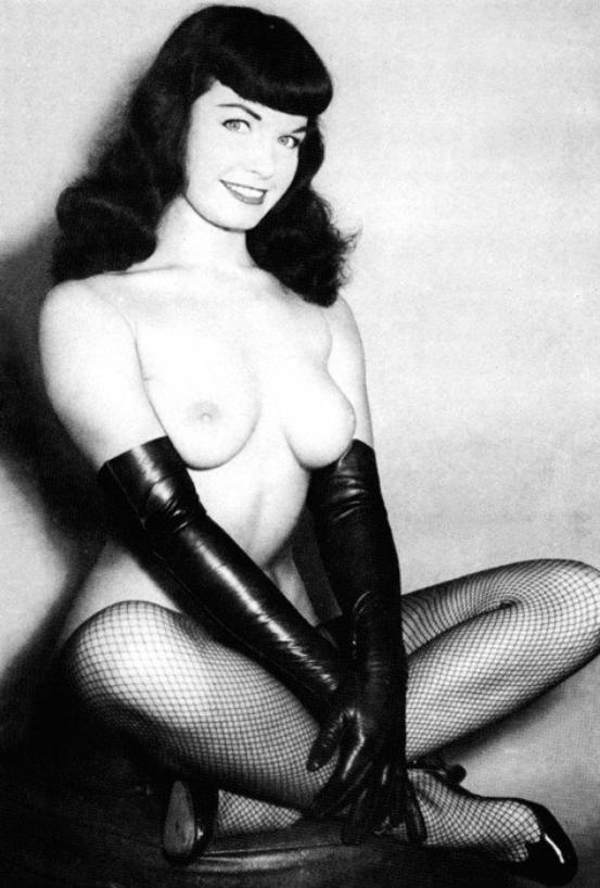 24 - Photos: Bettie Page