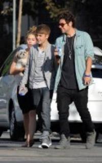 Justin prend du bon temps