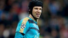 Petr Cech: Arsenal Masih Bisa Lolos