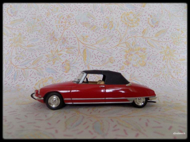 """Citroen DS 19 """"Cabriolet H Chapron Le Caddy 1963""""."""
