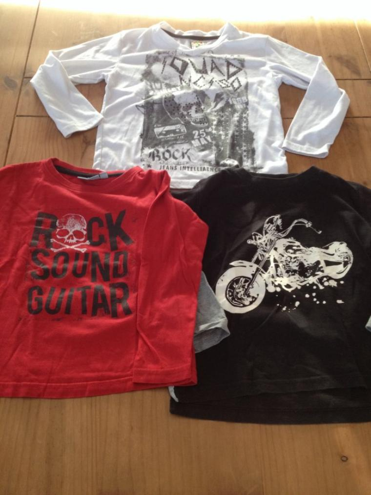 LOT TSHIRTS ROCK MOTO  4/5ANS   TBE        5EUROS