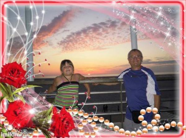 **********Manon et son papi au coucher du soleil a berck*************