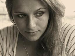 Chloé Aprahamian<3 / mon amoureuse.