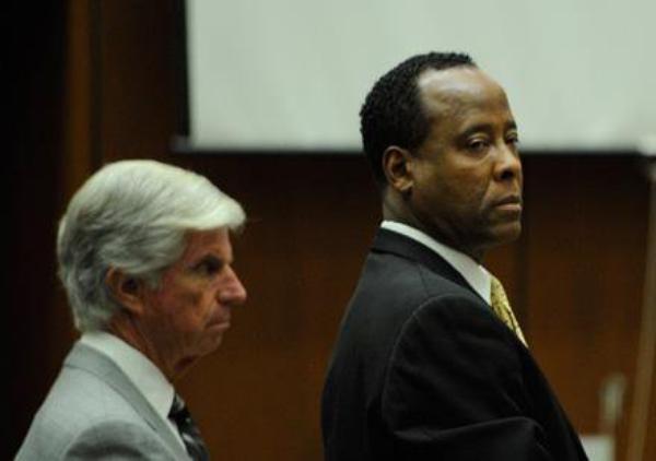 Conrad Murray: Son co-détenu est l'ex mari de Janet Jackson