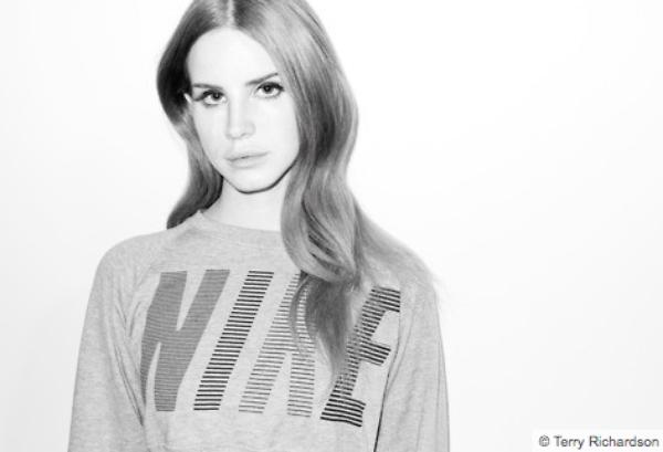 Lana Del Rey: Découvrez son photoshoot avec Terry Richardson