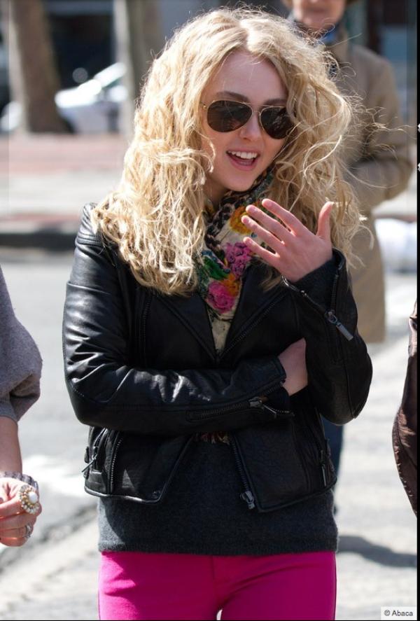 AnnaSophia Robb: La nouvelle Carrie Bradshaw déjà à la hauteur de Sarah Jessica Parker côté mode ?