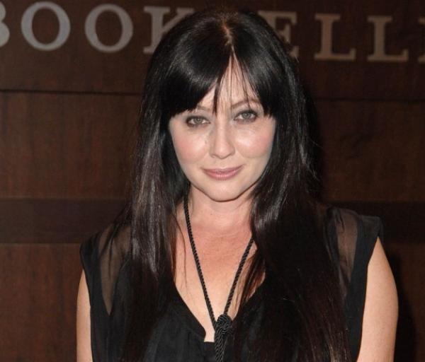 """Shannen Doherty: """" Ce divorce est une chose incroyablement difficile pour Jennie Garth !"""""""