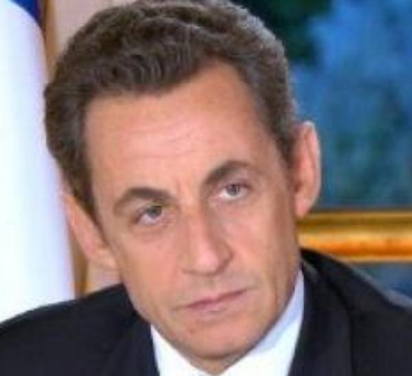 Nicolas Sarkozy: Le président candidat s'écroule encore dans les sondages