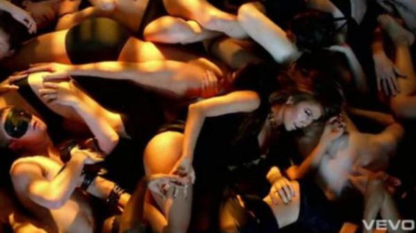 Jennifer Lopez: 2 millions de dollars pour couvrir Casper Smart de cadeaux !