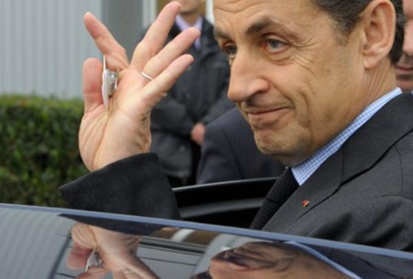 Comment Sarkozy prépare déjà sa reconquête… en 2017