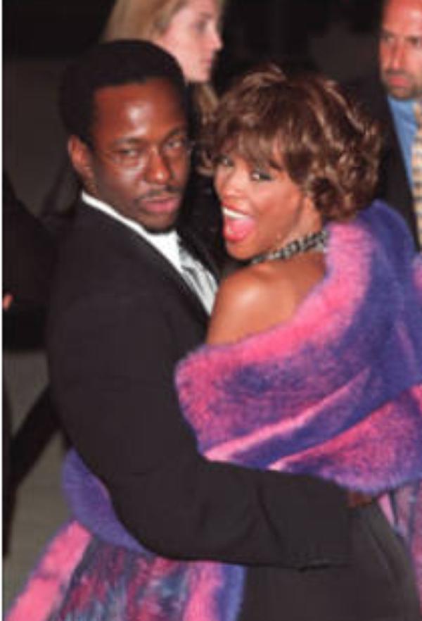 Bobbi Brown: Je ne me droguais pas avant de rencontrer Whitney. Je fumais des joints, je buvais de la bière mais c'est tout
