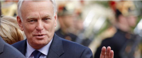 Jean-Marc Ayrault: Il a été nommé Premier ministre ! Découvrez son C.V