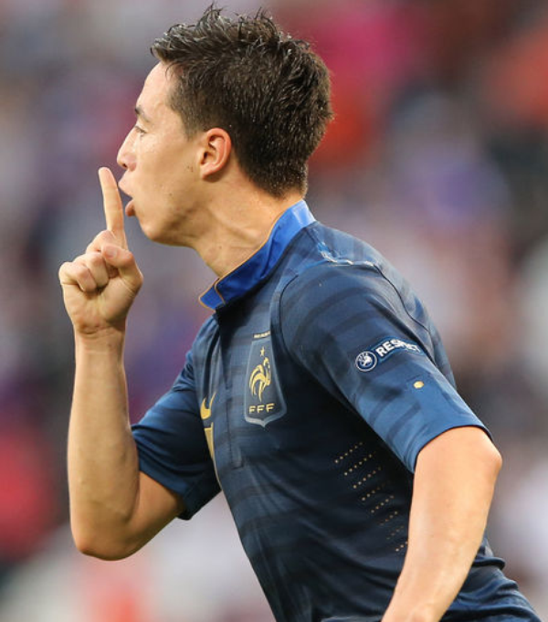 Euro 2012 : Samir Nasri insulte encore violemment un journaliste