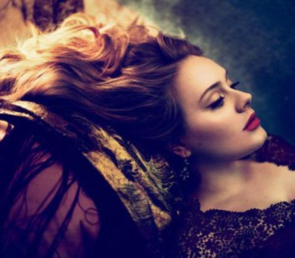 """Adele : Elle devrait participé à la bande originale de """"Skyfall"""", le prochain """"James Bond"""""""