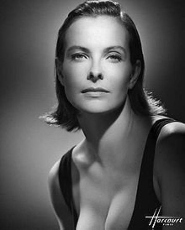 """Carole Bouquet: """"Non, je n'ai jamais soutenu Ségolène Royal en 2007!"""""""