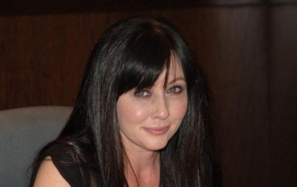 Shannen Doherty: Elle sauve une fan du suicide
